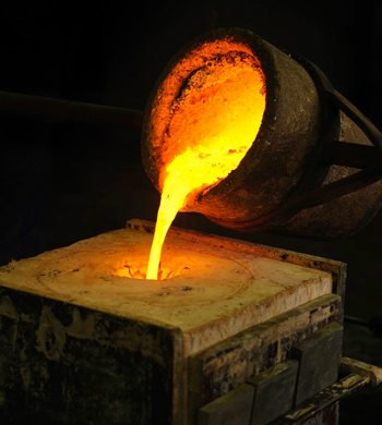 File:Pouring molten metal from the crucible pot into the ... |Molten Metal Crucible
